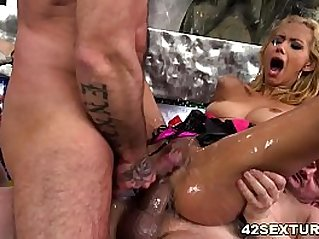 Squirting session with Veronica Leal and Anna DeVille