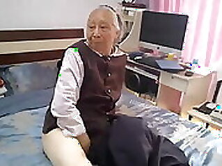Chinese vagina lips shaking on couch